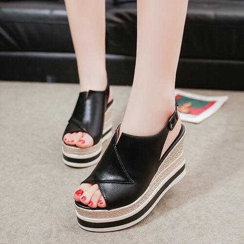 10+ Giày Cao Gót Hở Mũi & Đế Vuông Cho Nữ Đẹp Nhất Hiện Nay 4