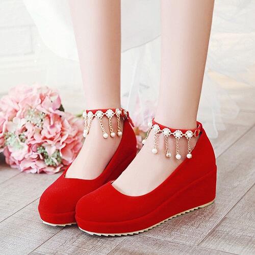 10+ Giày Cao Gót Hở Mũi & Đế Vuông Cho Nữ Đẹp Nhất Hiện Nay 9