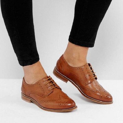 Giày tây Brogues