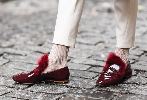 Cách phối giày với tất cho nữ siêu dễ thương 11