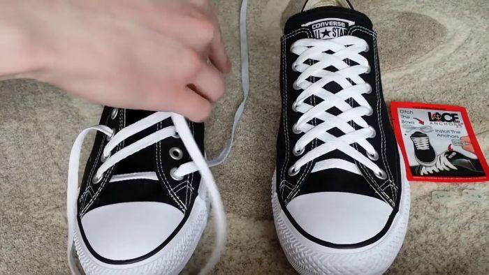 các cách buộc dây giày thể thao