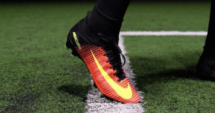 có cách chọn giày đá bóng