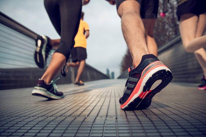 cách chọn giày thể thao nữ