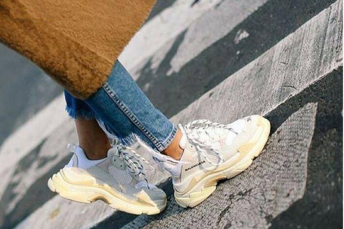 cách phối đồ với giày thể thao nữ