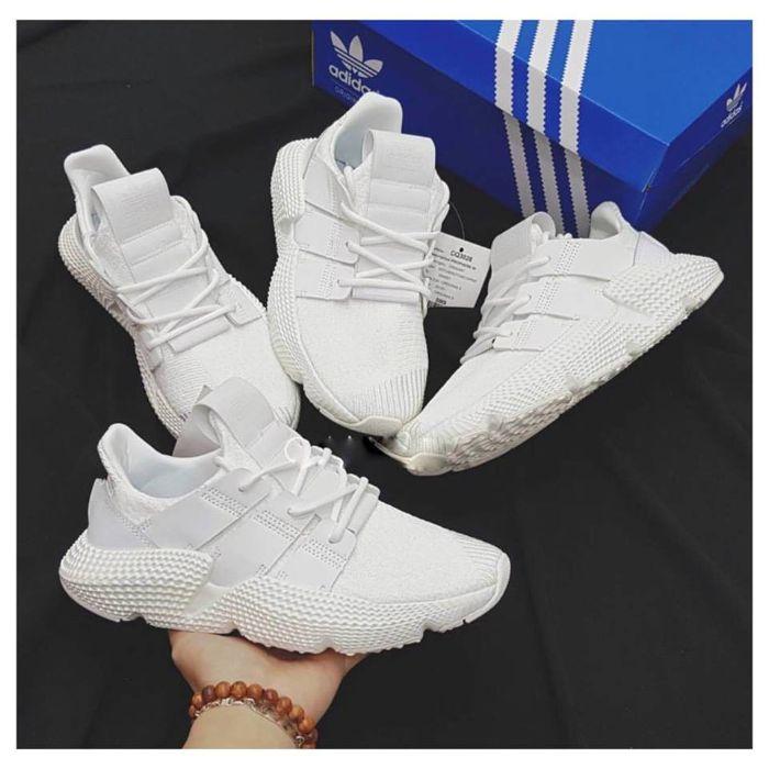 Mẹo hay chọn giày thể thao cho nàng chân ngắn 10