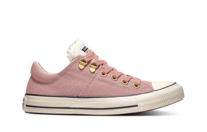 Mẹo hay chọn giày thể thao cho nàng chân ngắn 3