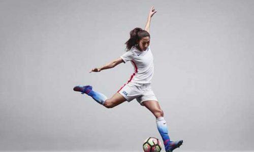 Top 5 giày đá bóng nữ tốt nhất 8