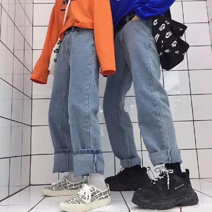 kết hợp giày thể thao với quần jean