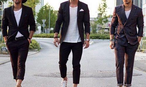 Mặc vest đi giày thể thao