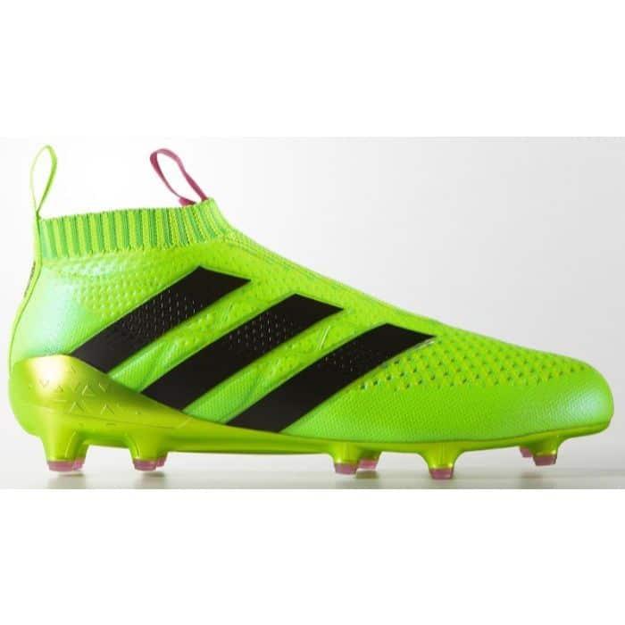 Top 5 giày đá bóng Adidas tốt nhất2