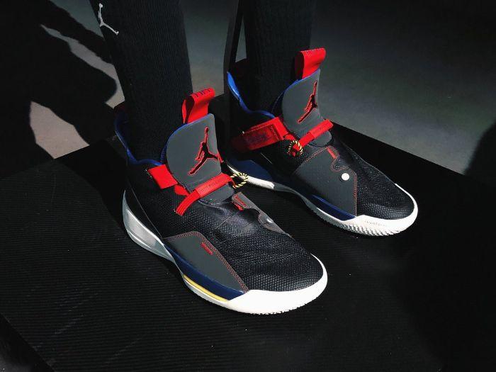Top 5 giày bóng rổ Jordan tốt nhất 7