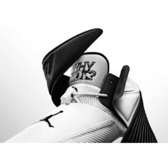 Giày bóng rổ Jordan Why Not Zer0.11