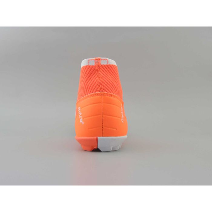 Top 5 giày đá bóng Mitre tốt nhất2