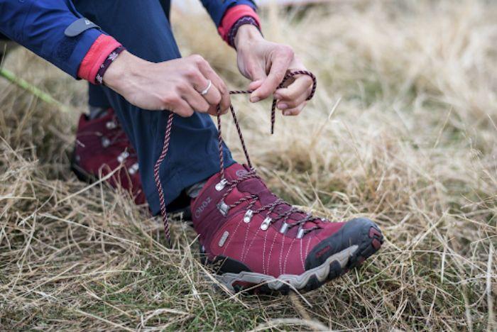 Giày leo núi nữ chống trơn trượt, bảo vệ chân hiệu quả 10