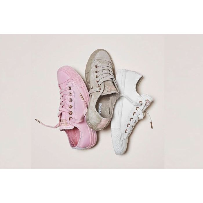 Giày Sneaker Chuck Taylor All Star Spring Blossom1
