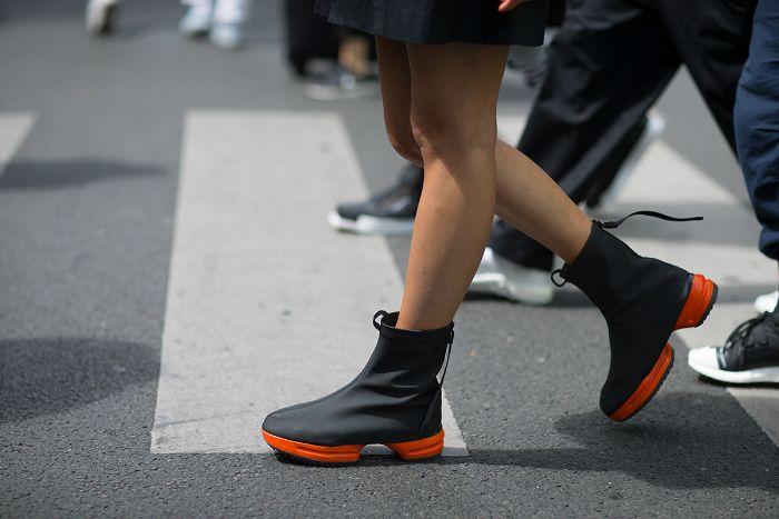 Top 5 giày sneaker nam tốt nhất 9