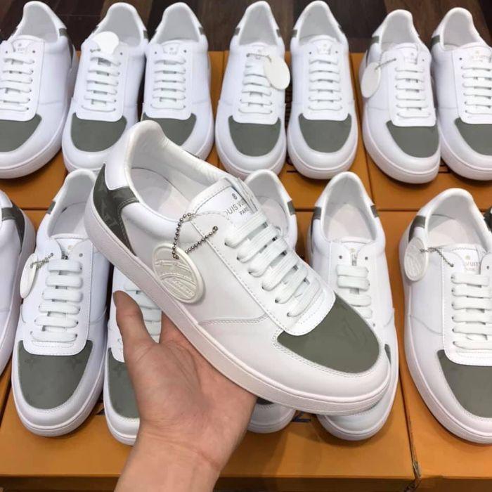Top 5 giày sneaker nam trắng tốt nhất 8