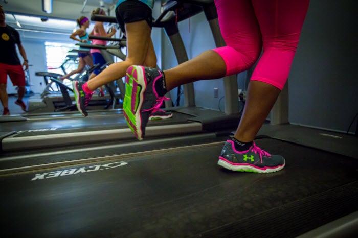 Top 5 giày tập gym nữ tốt nhất 1