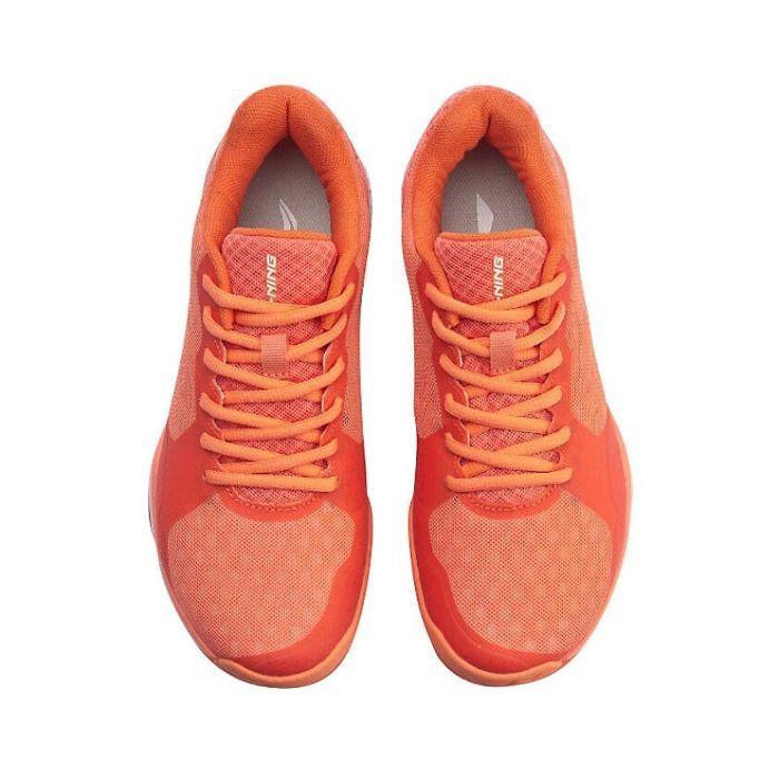 Top 5 giày cầu lông Lining tốt nhất1