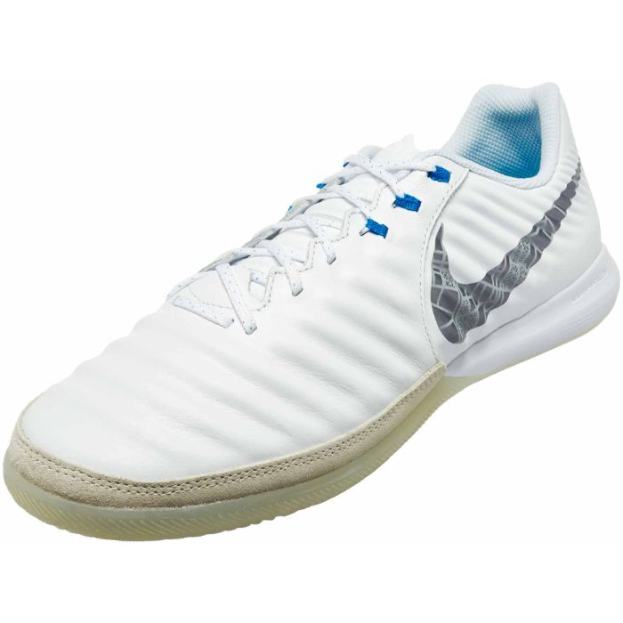 Giày futsal Nike Tiempo Lunar Legend 7 Pro IC 4